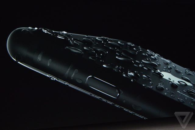 iPhone7防水秒三星S7是如何做到的?